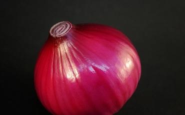 Cebula bez łuski, czerwona